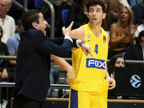 ספרופולוס במהלך המשחק מול וילרבאן (אלן שיבר)