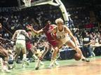 """23.5 - היום לפני 35 שנים ניצחה פילדלפיה את הסלטיקס בבוסטון 106:120 את המשחק השביעי בגמר המזרח. בגמר חיכו לסיקסרס הלייקרס, והקהל בבוסטון קרא לעבר הקבוצה האורחת את הקריאות המפורסמות: """"Beat LA"""". למרות זאת, הלייקרס זכו באליפות (getty)"""