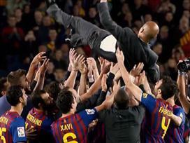 חוזר לשגרה: הצ'יפ של מסי באימון ברצלונה