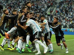 איזו דרמה: רוחו העלה את ארגנטינה בדקה ה-86