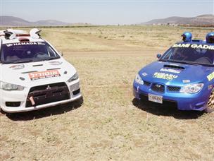 לקט עולם הרכב: שתי נינג'ות נפגשות לקרב לוהט