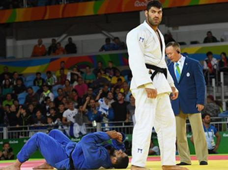 ששון מנצח את אל שהאבי (AFP)
