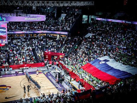 הקהל דחף, והפך את המשחק לצמוד (FIBA)