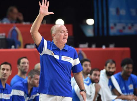 קשה לנבחרת במשחק עומד. אדלשטיין (AFP)