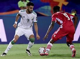 פתיחה חלקה: מאחרז הוביל את אלג'יריה לניצחון