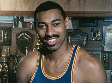 15.1 - היום לפני 52 שנים התרחש אחד הטריידים הגדולים בהיסטוריה של ה-NBA, במהלכו נשלח ווילט צ'מברליין מסן פרנסיסקו ווריירס לפילדלפיה 76 (getty)