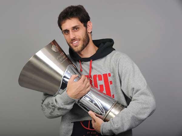 זכה ביורוליג פעמיים עם פנאתינייקוס ופעם אחת עם אולימפיאקוס. פרפרוגלו (Getty)