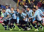 בדרך לזכיה בקופה? ארגנטינה חוגגת עליה לחצי הגמר (gettyimages)