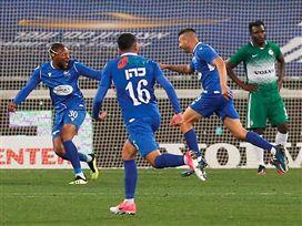 """תאבד את הפסגה? מכבי חיפה הפסידה 2:0 לפ""""ת"""