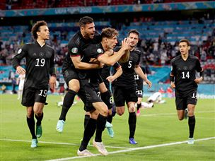 גרמניה במקום השני לאחר 2:2 מול הונגריה