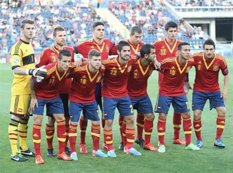 הנבחרת הספרדית שזכתה ביורו הצעירות. יש על מי לבנות
