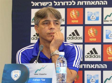 """""""בטוח שלכדורגל הישראלי יש עתודה ראויה"""" (צילום: אלן שיבר)"""