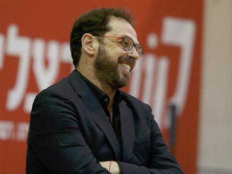 דרוקר מרוצה (אלן שיבר)