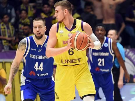 מהפעילים בחולוניה. קליין (FIBA)