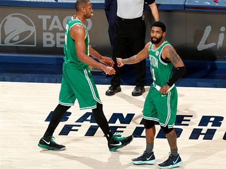 בוסטון בדרך לחצי הגמר במזרח (getty)