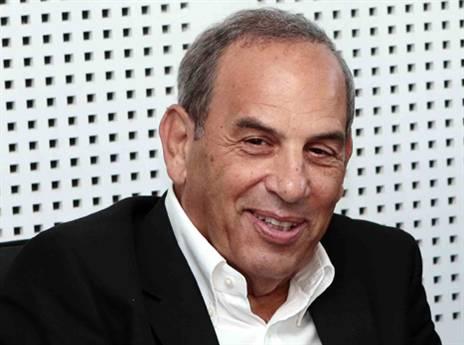 """יו""""ר המנהלת שמואל פרנקל (אלן שיבר)"""