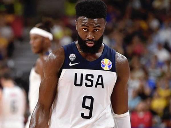 האלופה בחוץ. בראון (FIBA)