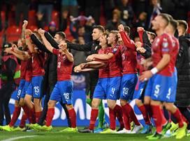 לא כוחות: איטליה דרסה 0:5 את ליכטנשטיין