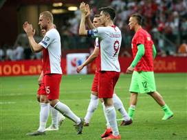 פולין עלתה ליורו אחרי 0:2 על צ. מקדוניה