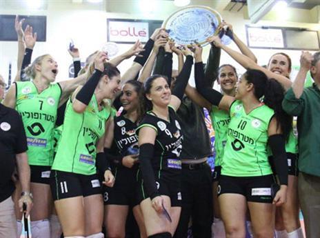"""צפו: כפ""""ס זכתה באליפות שלישית בתולדותיה"""