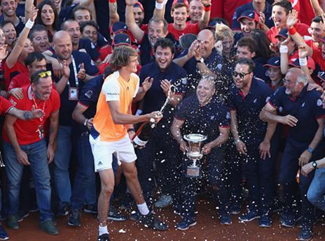 כוכב עולה: זברב זכה בטורניר רומא. צפו