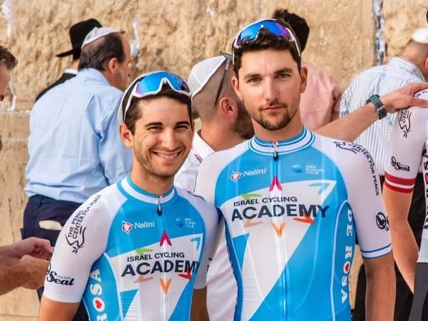 לפחות ישראלי אחד בכל אחד משלושת הגרנד טורים. שגיא וניב (נועה ארנון)