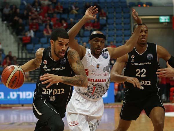 פלדין. המשחק הוכרע ברבע הראשון (FIBA)