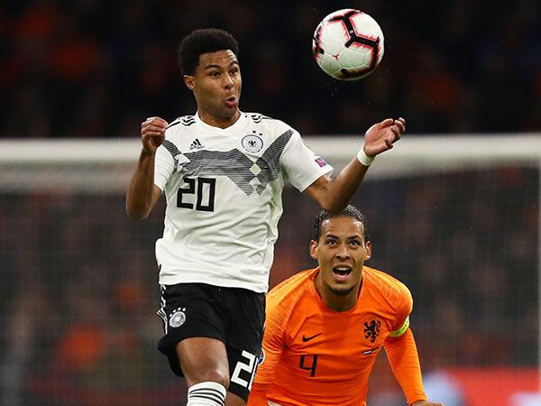 גרמניה והולנד יארחו במינכן ואמסטרדם, אם יעלו (getty)