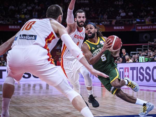 לא יכול היה לבדו. מילס (FIBA)