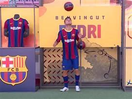 לראשונה העונה: מסי חזר לאימוני ברצלונה