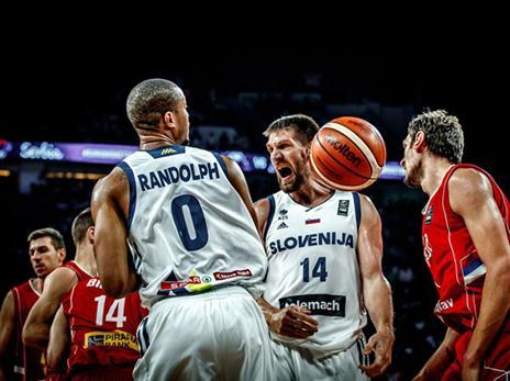 הבריחה הלבנה לא איחרה לבוא (FIBA)