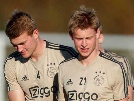 ברתומאו ייצא להולנד. דה ליכט יחתום?