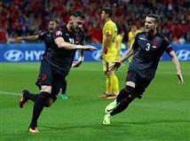כעת, האלבנים יעקבו בסקרנות אחרי יתר משחקי שלב הבתים ויקוו שהמקום השלישי יספיק להם כדי להעפיל לשמינית הגמר (getty)