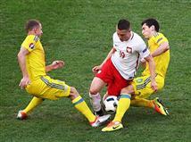 פולין פתחה את המחצית השניה בלחץ