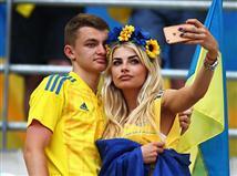 זמן טוב בשביל האוהדים האוקראיניים להצטלם (gettyimages)