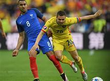פופה סופג צהוב. רומניה שומרת על השוויון בכוחותיה האחרונים