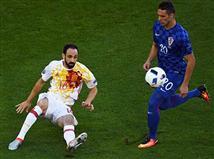 קרואטיה מנסה לתקוף, אבל ההגנה של ספרד, אחת הטובות באירופה, ממשיכה לעשות פלאים בראשות חואנפראן הבלתי נגמר (Getty)