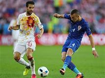 עוד התקפה לתפארת של ספרד, אבל מוראטה לא הצליח לכוון את הכדור של אלבה למסגרת (Getty)