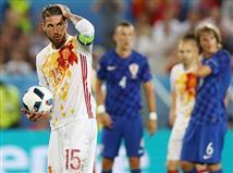 אם עד עכשיו שלב הבתים קירטע, היום נכנס יורו 2016 להילוך גבוה. קרואטיה השלימה את ההפתעה הגדולה הראשונה של הטורניר, עם ניצחון 1:2 ספרד במחזור האחרון של שלב הבתים וקבעה: הלה רוחה יפגשו את איטליה בשמינית הגמר בשחזור של הגמר מלפני ארבע שנים.
