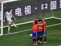 ספרד נראית כמו נבחרת מאומנת, שלמרות שעברה תחלופה (בעיקר בחלק הקדמי) מצליחה לשמור על דינמיקה מצויינת יחד עם משמעת גדולה, שיכולה לקחת אותה בקלות שוב פעם עד הסוף. דל בוסקה ושחקניו יפגשו בשבוע הבא נבחרת קשה, קרואטיה, והיא תהווה המבחן האמיתי הראשון לפני שמינית הגמר.
