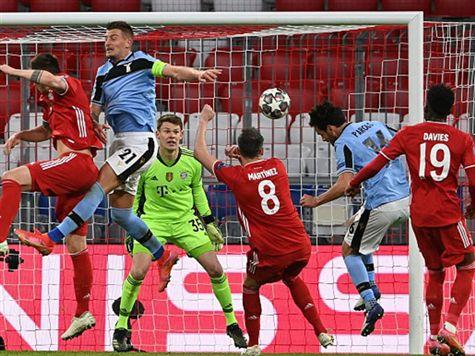 שער מצמק ללאציו - כדור חופשי של אנדראס פריירה עלה לרחבה, פארולו נגח לרשת וצימק ל-1:2. צפו בשער ->
