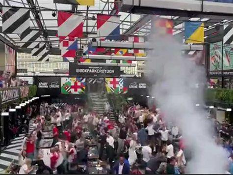 <STRONG>צפו בחגיגות האוהדים האנגלים</STRONG>