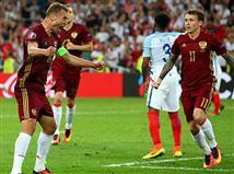 תמונת המשחק שלנו - הרוסים בטירוף אחרי שער שיוויון סופר דרמטי (getty)