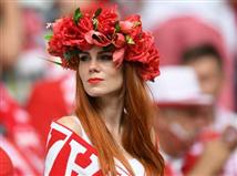 גם אוהדות פולין הגיע לאיצטדיון במארסיי