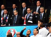 פרנסואה הולנד לא פיספס אף משחק, שלגמר הוא לא יגיע?