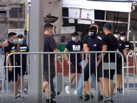 <STRONG><FONT color=#0000ff>צפו: כ-100 אוהדי מכבי תל אביב צעדו לעבר בלומפילד >>></FONT></STRONG>